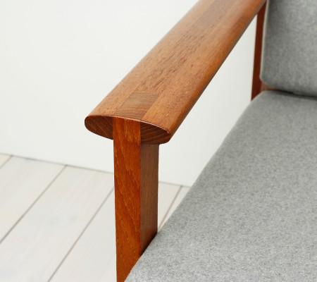 Teak Sofa by Illum Wikkelso