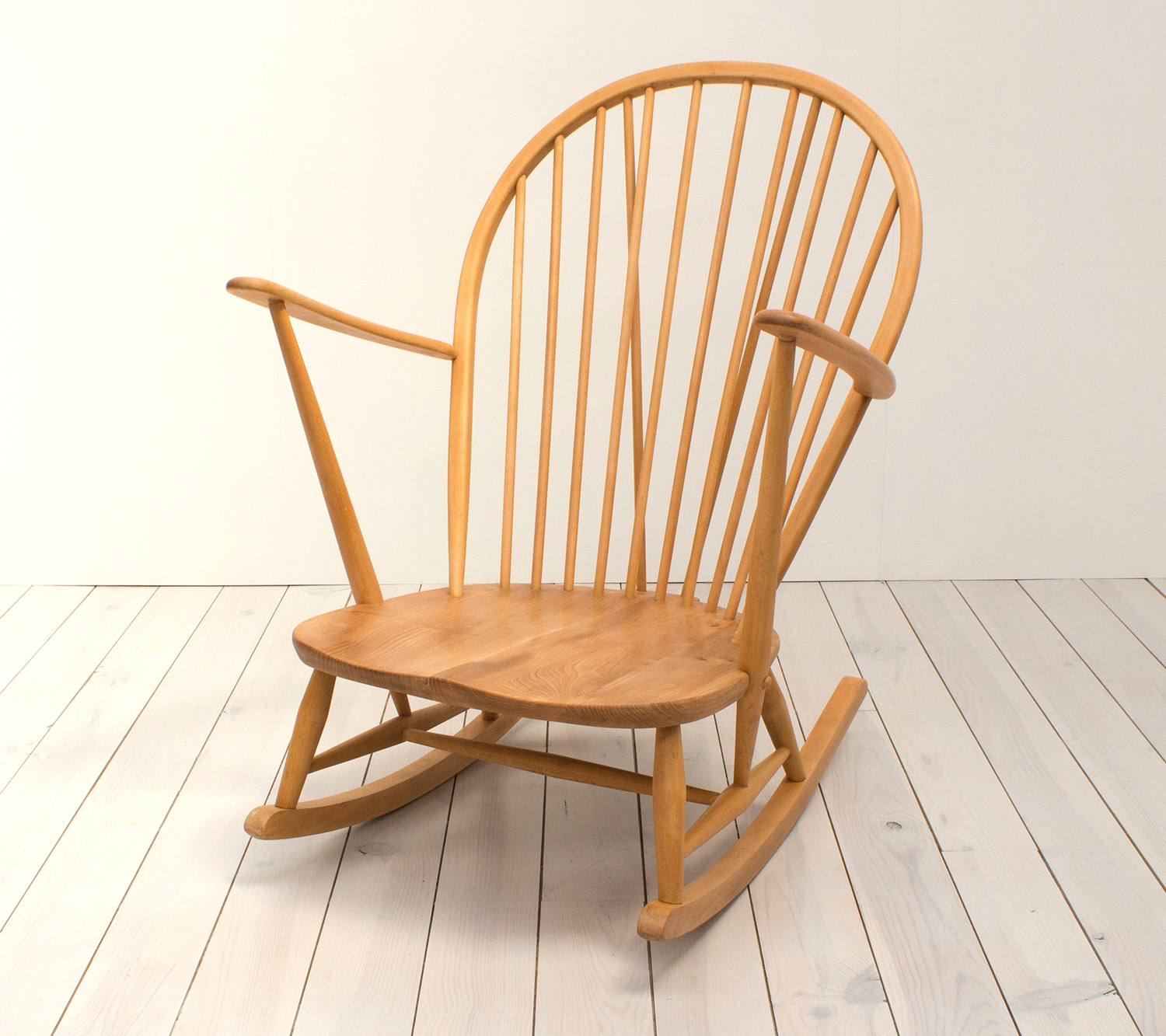 Painting Ercol Furniture