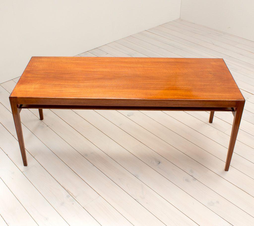 Ludvig Pontoppidan Rosewood Coffee Table – Arc