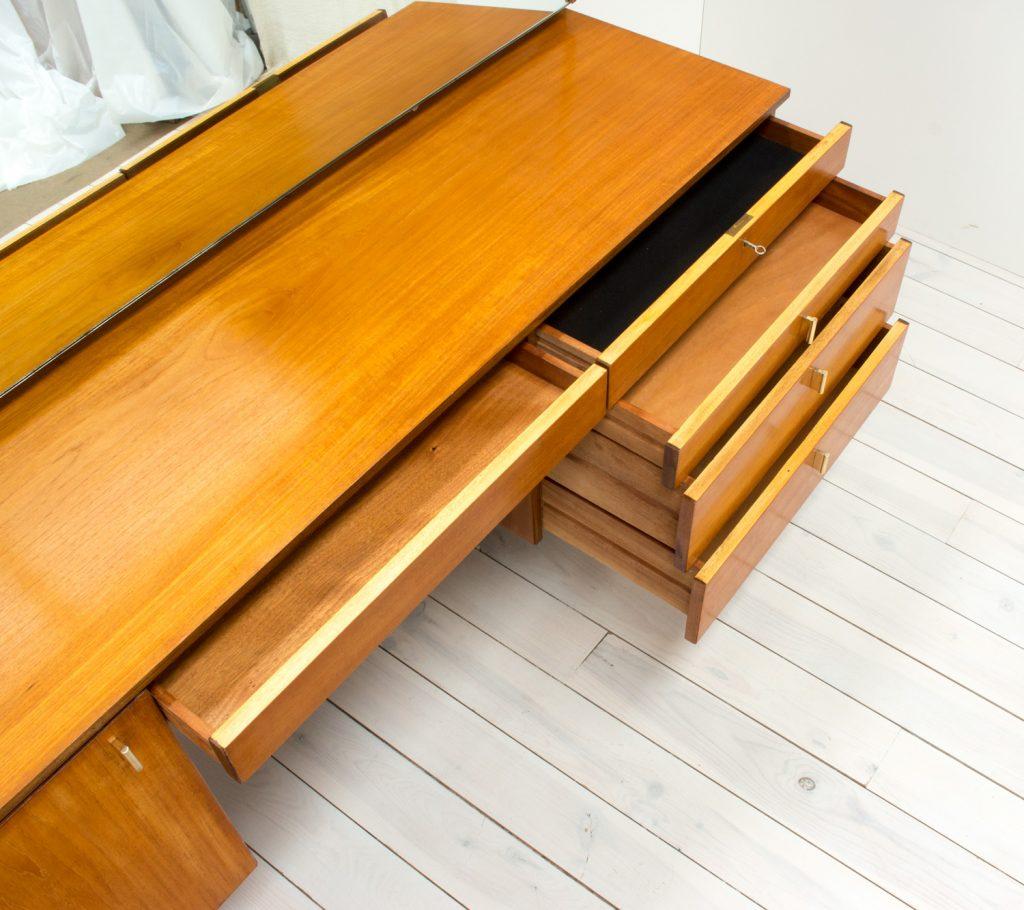 Beithcraft Teak Dressing Table Arc