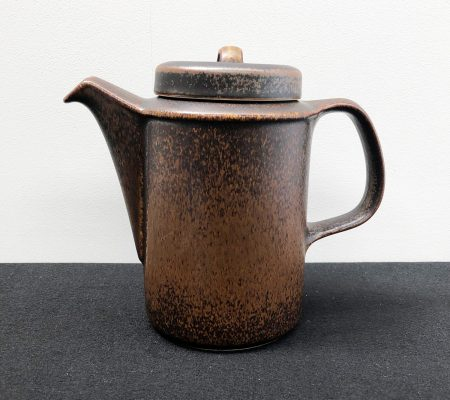 Ruska Coffee Pot by Arabia