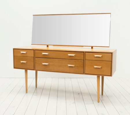 Concord Oak Dressing Table by John & Sylvia Reid for Stag