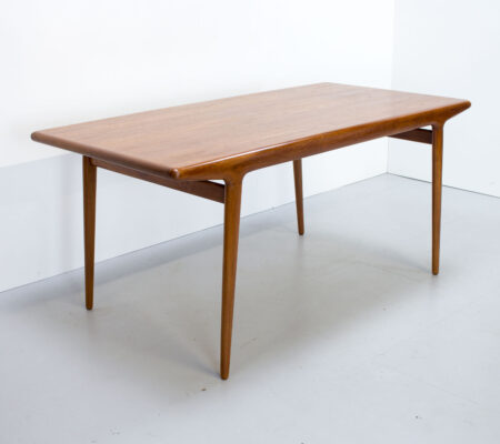 Danish Teak Dining Table by Niels O. Møller for JL Møllers