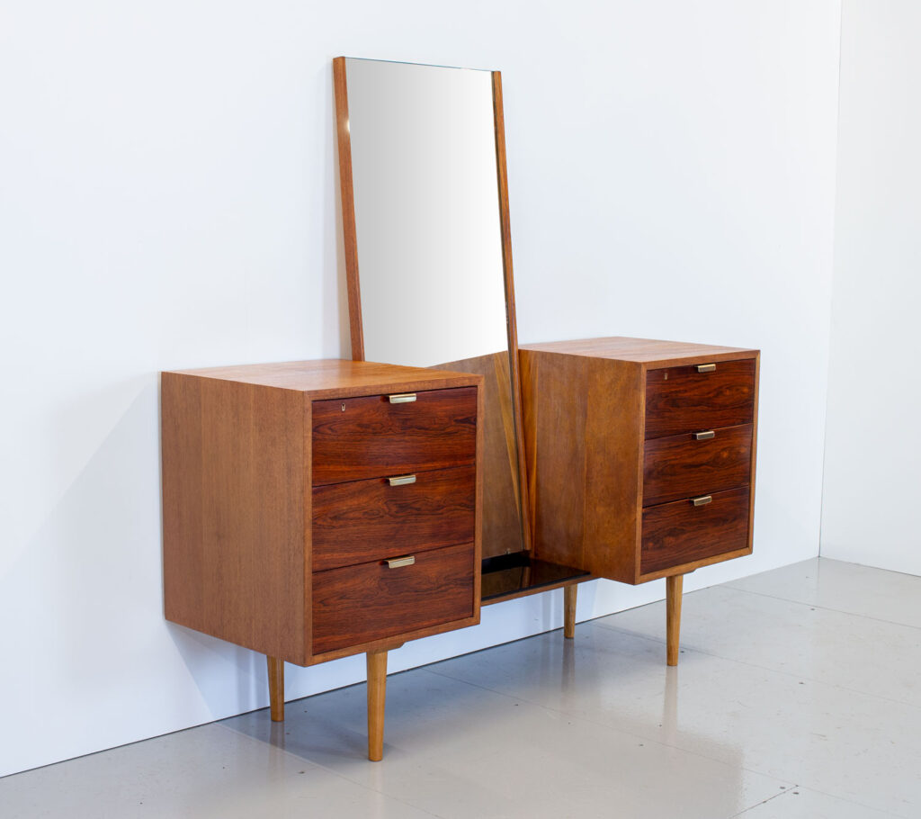Robin Day Interplan Rosewood Dressing Table by Hille